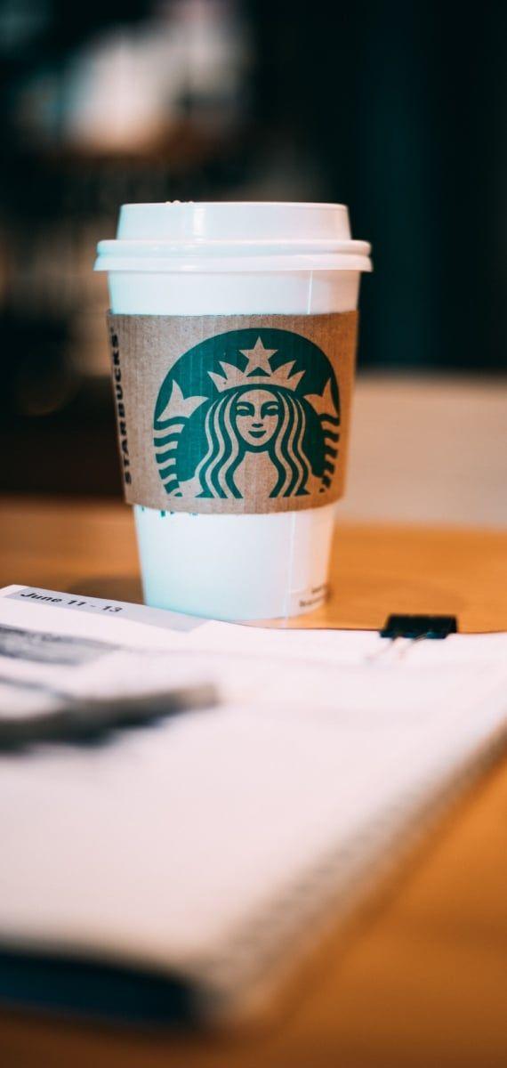 Kaffeebecher von Starbucks