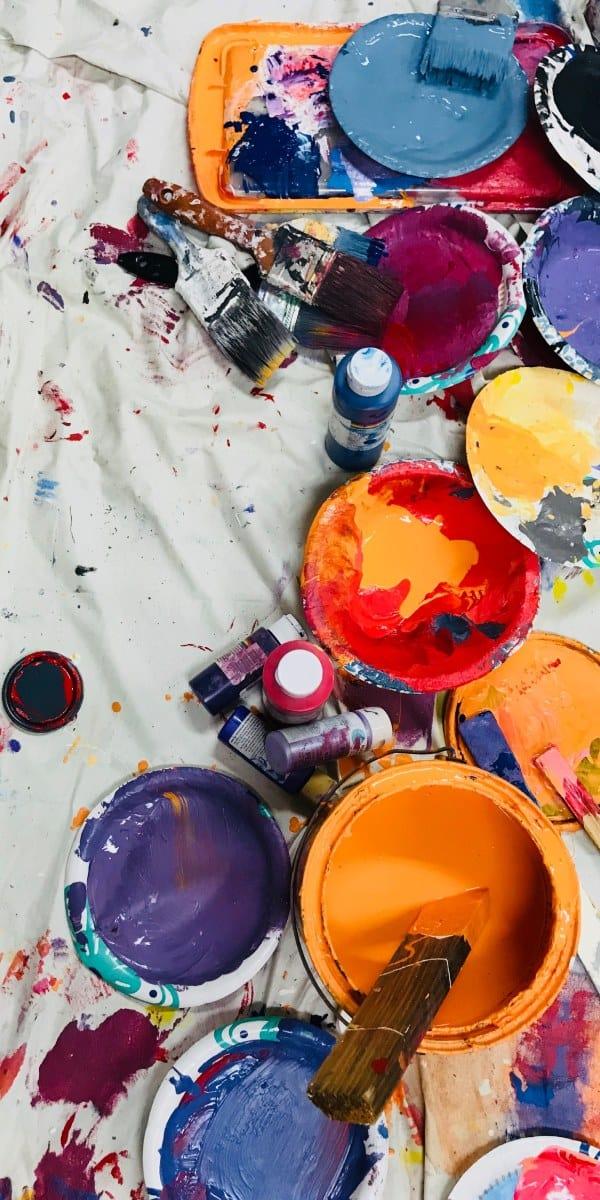 Verschiedene Farben von Sherwin Williams