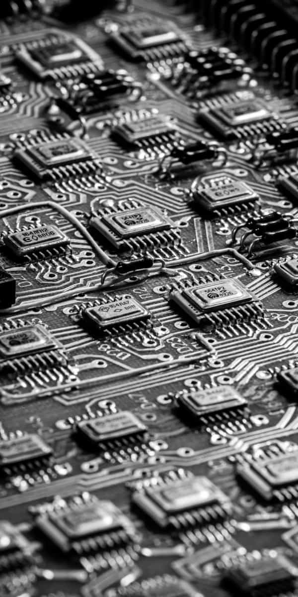Nahaufnahme eines Broadcom Chips