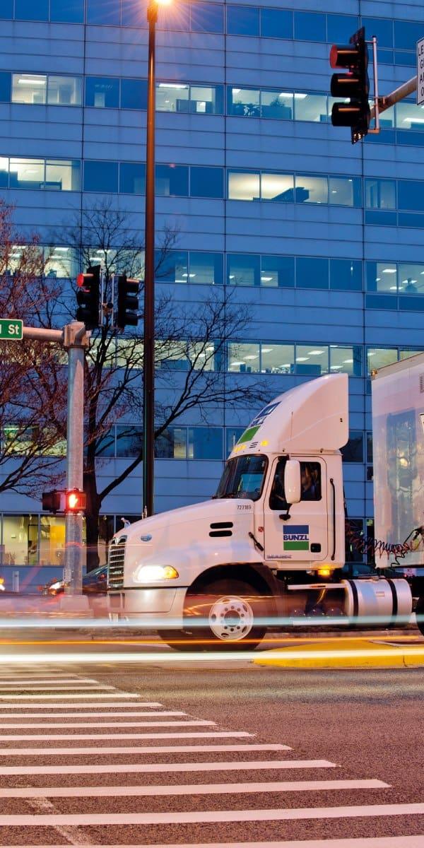 Die Bunzl plc vertreibt Verpackungen und Verbrauchsmaterialien in mehr als 30 Ländern