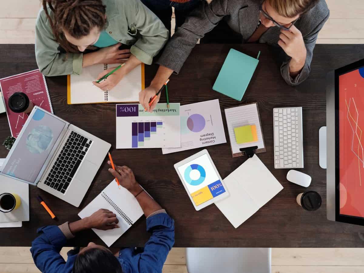 Der Konzern ist in nahezu allen Branchen tätig und verfügt über ein breit gefächertes Know-How